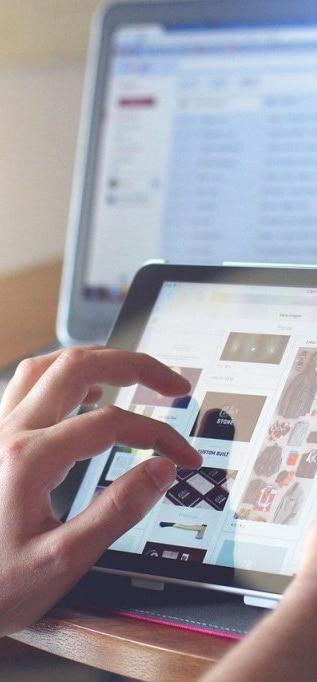 ipad-tablet-technology-820272-1024x682